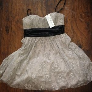 Speechless prom dress sz Med. NWT